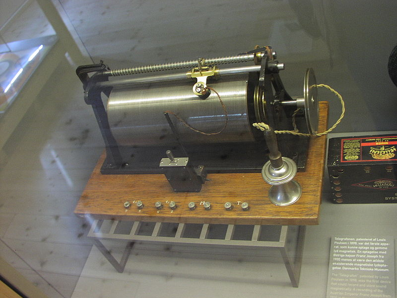 Poulsen's magnetic wire recorder