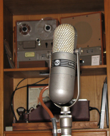RCA 77DX microphone